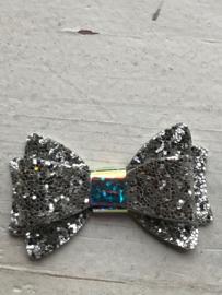 Glitter strik zilver 5.5cm