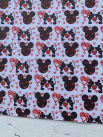 Leer Minnie & Mickey kiss