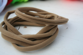 Haarbandje nylon taupe