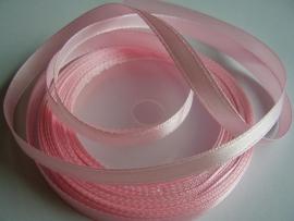 SB01 Satijnband licht roze 7 mm
