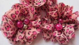 Bloem chiffon met parels & strass tijger/panter roze tinten