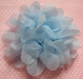 Bloem organza 9 cm licht blauw