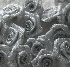 Roosje zilver 1 cm (10)