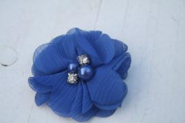 Bloem chiffon met parels & strass royal blue/cobalt blauw