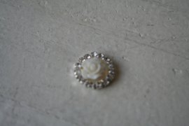 Flatback  roosje met diamantjes off white 1.5cm