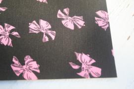 Leer strikken motief zwart/roze
