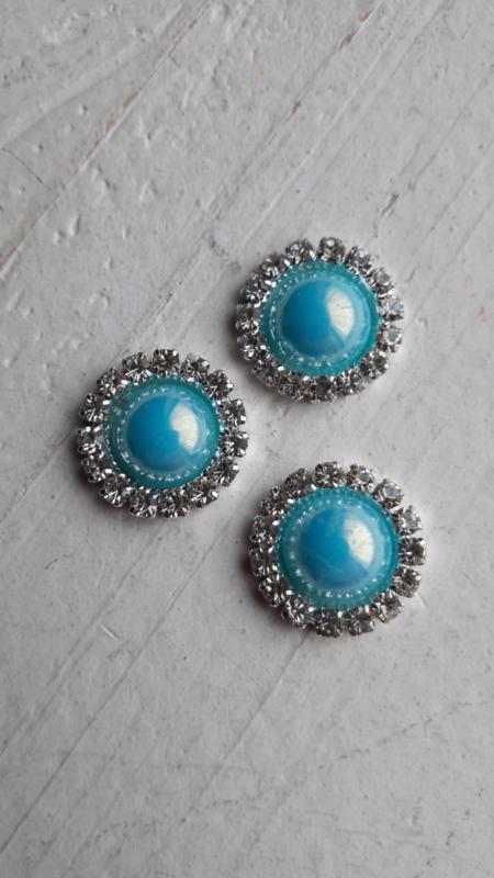 Flatback  parelmoer parel met strass aqua blauw