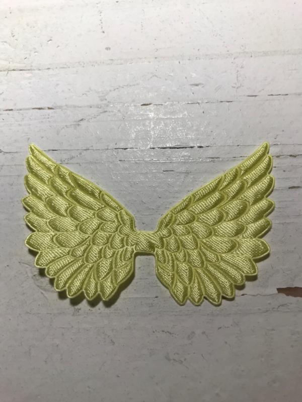 Vleugels geel satijn