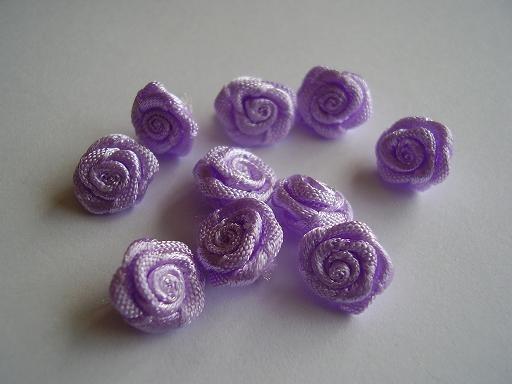 R06 Roosjes lila 1cm  (10)
