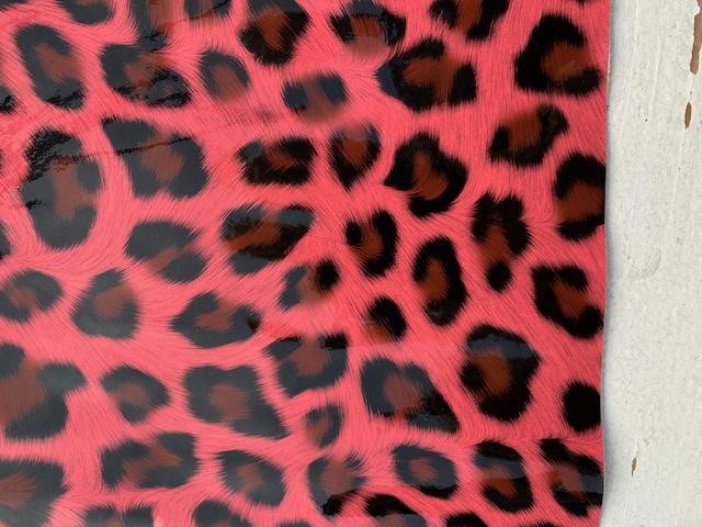 Leer tijger lak neon roze 20x30 cm