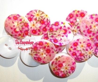 KN557b Parelmoer bloemen roze & fuchsia