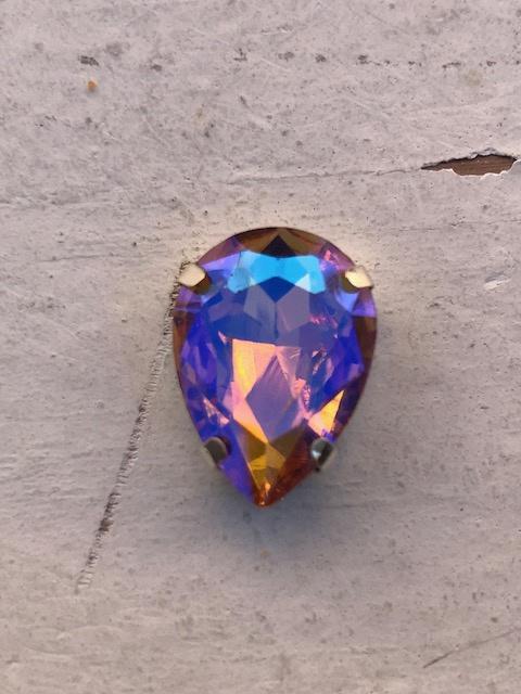 Flatback rhinestone druppel diamant gold 1.8cm