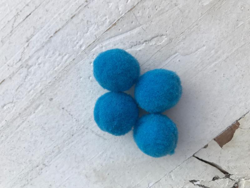 Pompom blauw