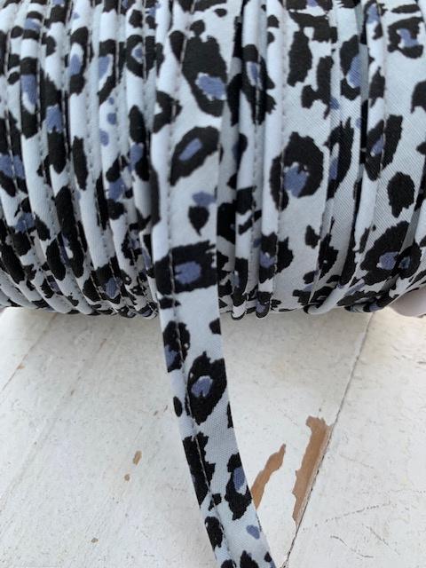 Paspel/pipingband tijger/panter grijs