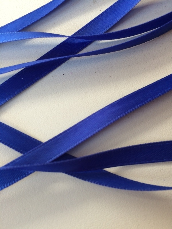 Satijnband royal blue 7 mm