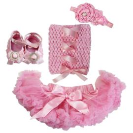Pettiskirt Roze + gehaakte top met lint + haarband + schoenen
