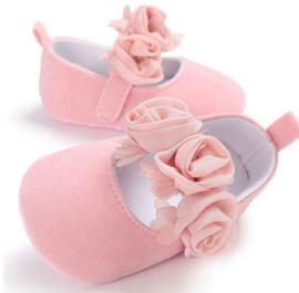 Babyschoen BLOSJESROZE met roosjes