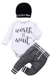 Babypakje, Worth the Wait (3-delig)