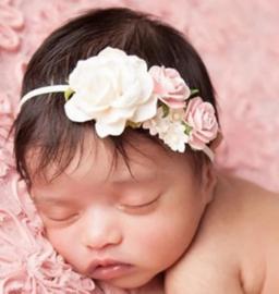 Haarband bloem romantisch beige