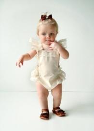 Fotoshoot babypakje creme kant