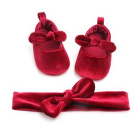 Babyschoen velvet robijn rood  + haarband