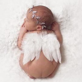 Newborn engelen vleugels wit + zilveren haarband