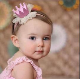 Haarband kroon roze pareltjes