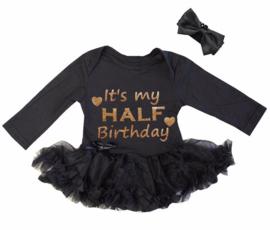 Baby  jurkje zwart,It's my HALF Birthday + haarband