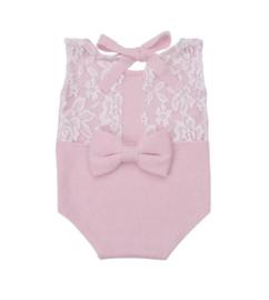 Newborn pakje roze met kant en strik