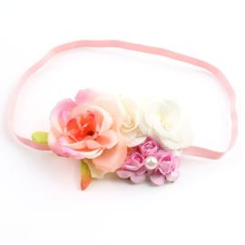 Haarband roosjes in roze en ivoor met parel