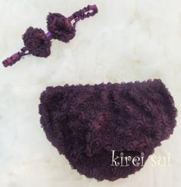 Luierbroekje romantische roosjes en haarband paars