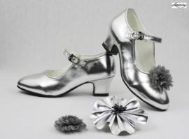 Prinses schoenen ZILVER GLOSSY + 2 gratis bloemclips en 1 haarbloem