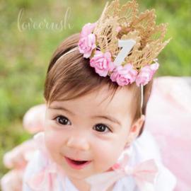 Haarband kroon goud kant/roze 1 jaar