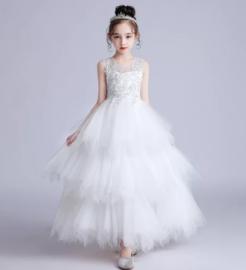 Lange romantisch jurk en tule wit