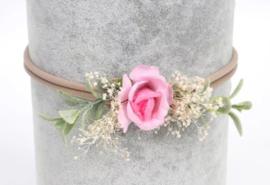 Haarband bloem romantisch roze