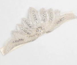 Haarband met steentjes beige