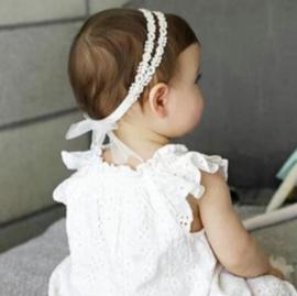 Haarband bloemen kant met parels en strass