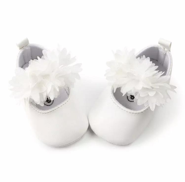 Babyschoen WIT met bloemen