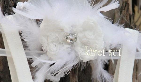 Haarband veren strik wit