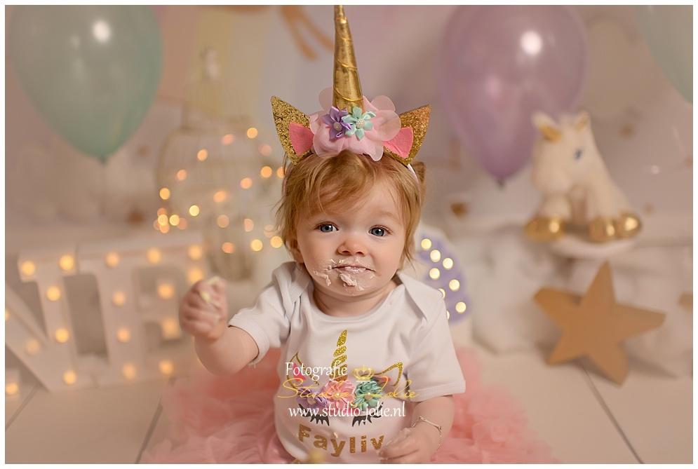 unicorn-eenhoorn-verjaardag-outfit-kleding-baby-verjaardagjurk