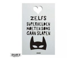 SH234 Zelfs superhelden moeten soms gaan slapen