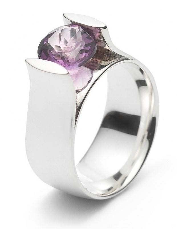 Zilveren ring met Amethyst