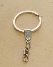OND488 metalen zilverkleurige sleutelring plat incl. kettinkje 10st.