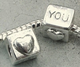 EB0091 Sterling silver plated love you kubus met schroefdraad.
