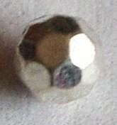 MK105 zilverkleurige facet kraal 4 mm.