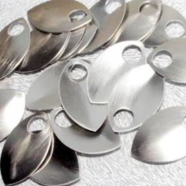 aluminium schaal glanz. zilverkleur geborsteld 35.8x22.2mm. 50st.