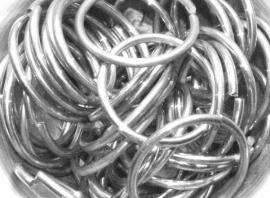 aluminium glanzend 2.4x26.7mm. machinaal per 10 stuks