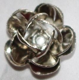 MK026 nikkelkl. bloem 11x7mm.