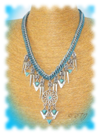 RTJ-103 Collier Lily Blue +/- 46cm.