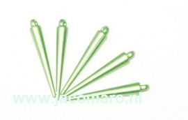 spikes groen gekleurd kunststof  36x5.5mm. oogje 2.2mm. zakje 10 stuks